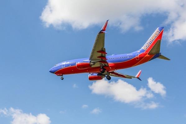 Airplane 3328648 1280