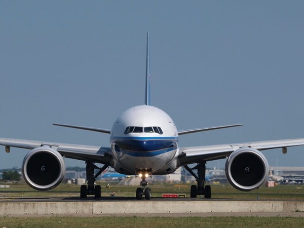 China southern airlines 884392 1280